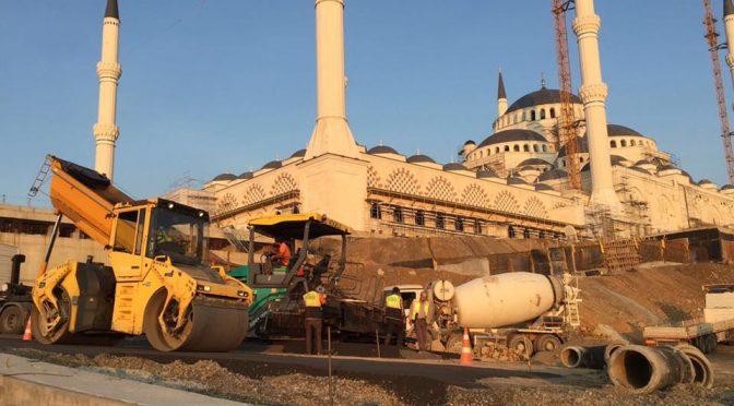Büyük Çamlıca Camii asfalt ve pmt çalışması